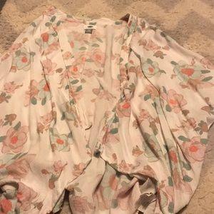 Floral OLD NAVY kimono 💜💜💜